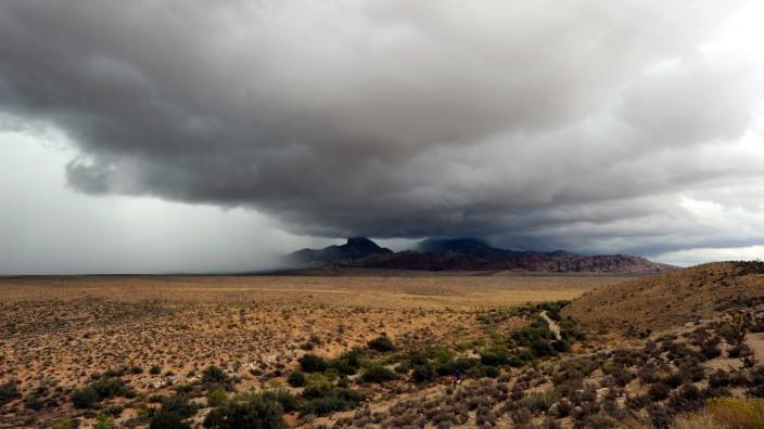 Tropical Storm Ivo Brings Rain To Las Vegas