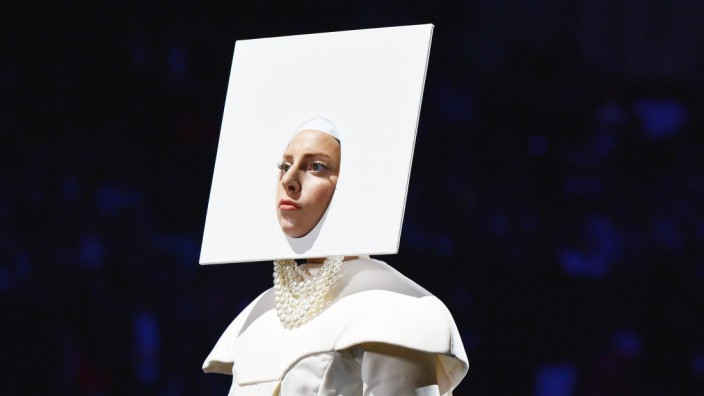 Lady Gaga bei den MTV Video Music Awards 2013