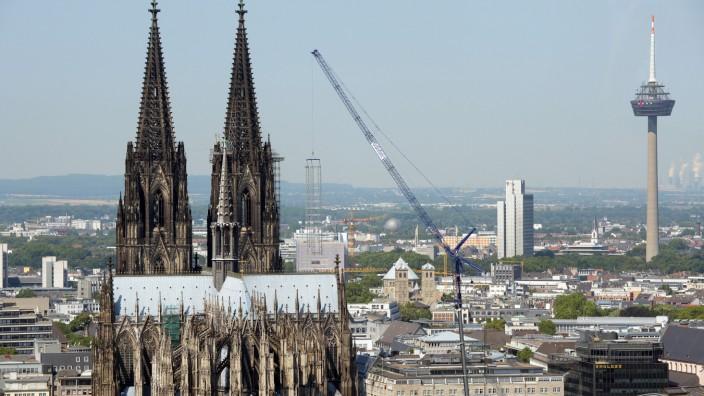 Dom-Gerüst in Köln entfernt