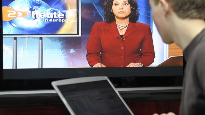 """Studie: Trend zum ´Second Screen"""" beim Fernsehen stagniert"""