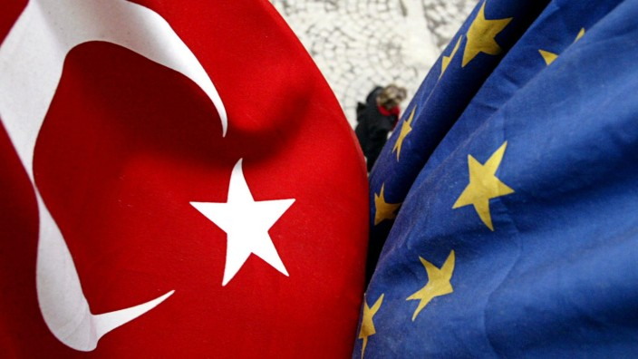 TURKEY-ISTANBUL-EUROPEAN UNION-FLAGS