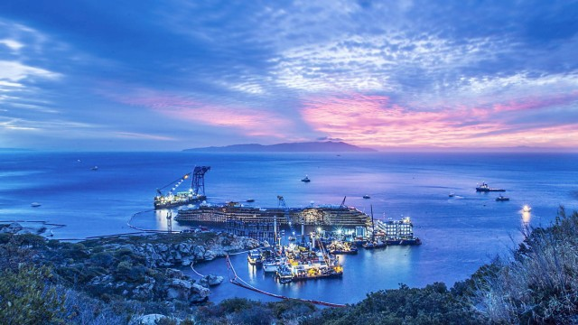 Costa Concordia upright after 19-hour salvage operation off the G