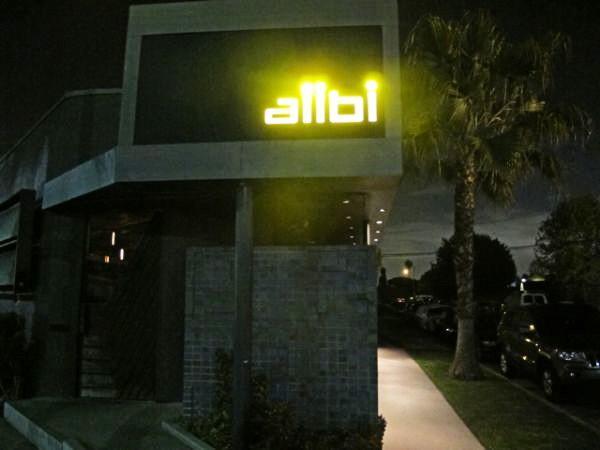 Los Angeles Städtetipps Insider Tipps Städtereise Städtereisen USA Kalifornien Spotted by Locals The Alibi Room Bar