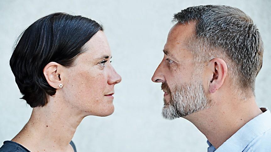 Schauen psychologie tief die in augen Jemand lange