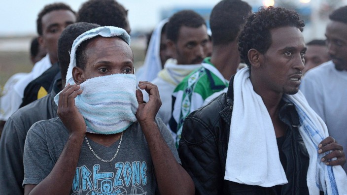 Italy mourned the 300 African asylum-seekers feared dead in a boa
