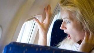 Fliegen, Nasenspry, Angst, iStockphotos