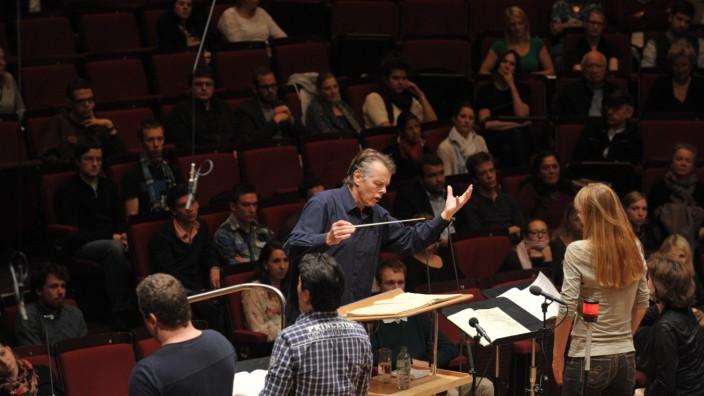 Am Mittwoch begeisterte der Maestro Mariss Jansons Münchner Studenten für Verdi.