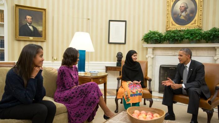 US-PAKISTAN-PEACE-POLITICS-MALALA