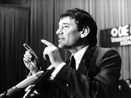 Otto Schily 1980; dpa