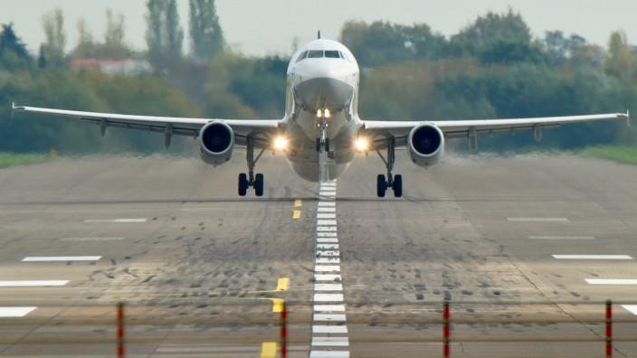 Flugzeug, Airbus, FLuglärm, Flughafen