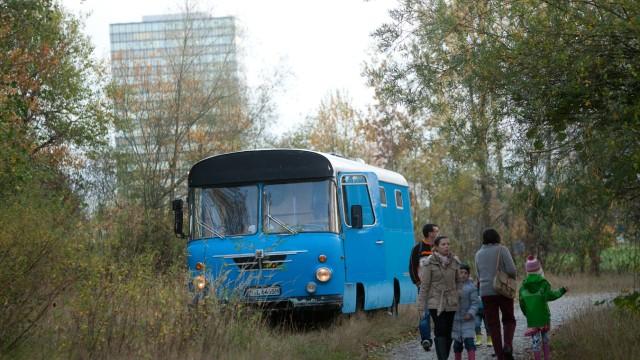 Umzug Wagenburg von der Barlowstraße 6 in die Denninger Straße 190