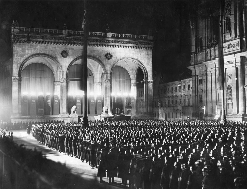 SS vor der Feldherrnhalle, 1938 9. November Reichsprogromnacht Kristallnacht Putsch