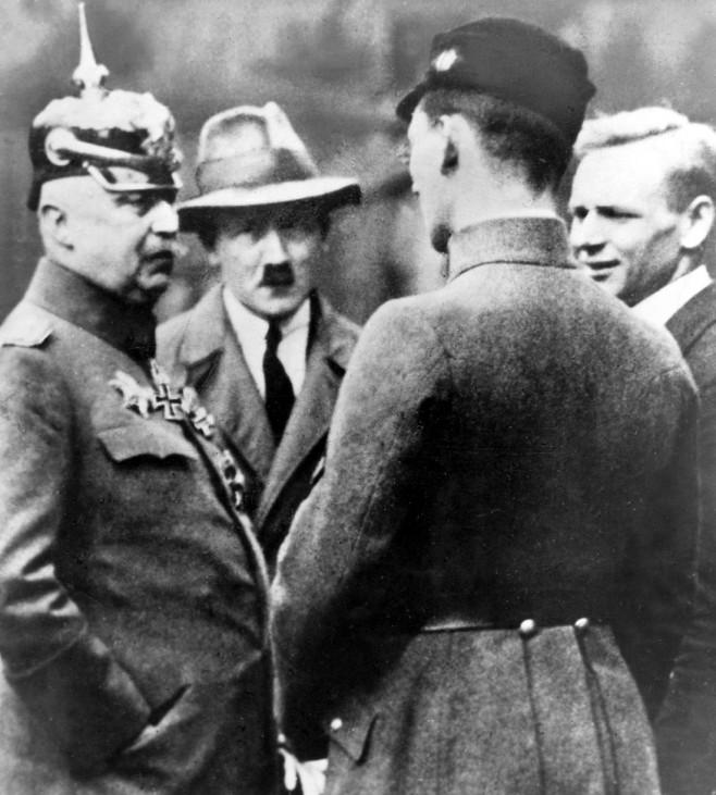 Erich Ludendorff und Adolf Hitler, 1923 Hitlerputsch