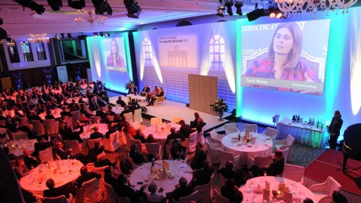 Gala-Dinner auf dem Führungstreffen Wirtschaft in Berlin, 2012