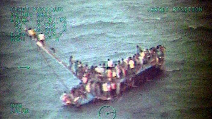 30 dead after Haitian migrant boat capsizes off Bahamas