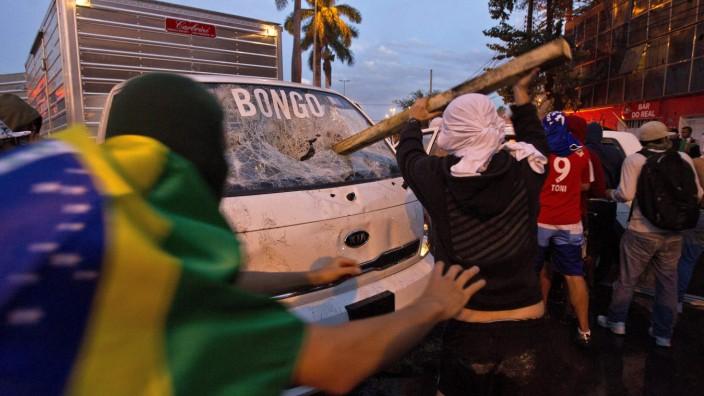 PROTESTS IN BELO HORIZONTE