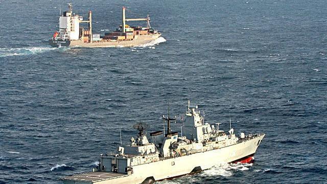 Frachter Hansa Stavanger auf dem Weg nach Mombasa