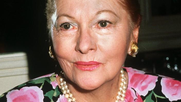 Joan Fontaine, 1989