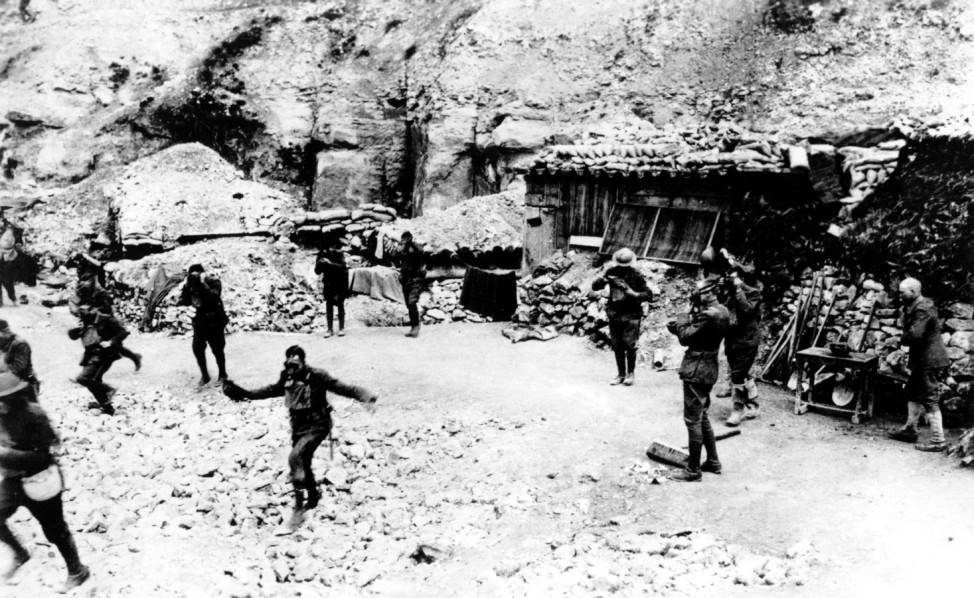 Erster Weltkrieg Westfront Gasangriff USA Marines Verdun