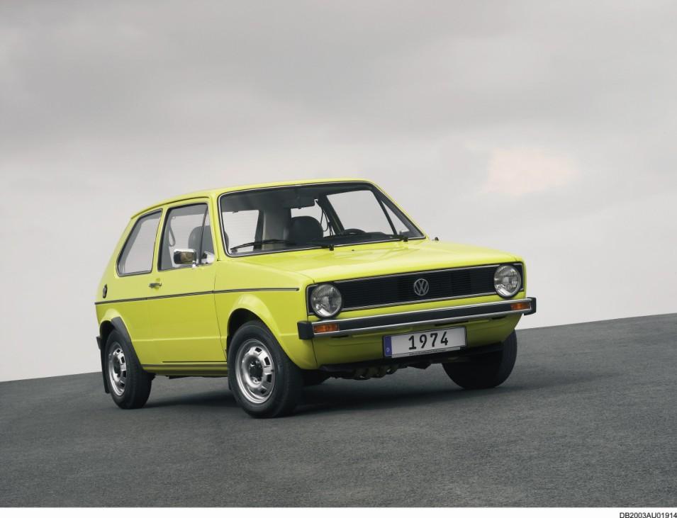 Der VW Golf I debütiert 1974.
