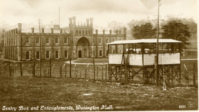 Donington Hall, Kriegsgefangenenlager für Offiziere in der Nähe der Stadt Derby, Erster Weltkrieg
