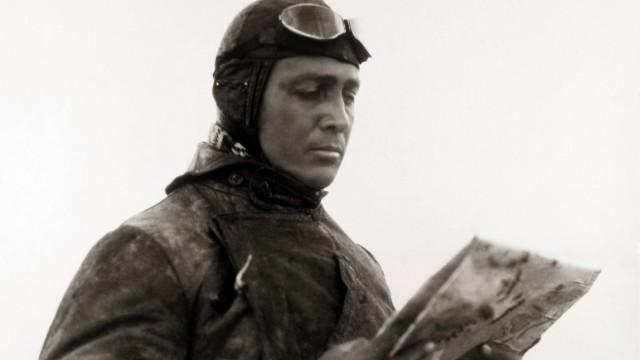 Gunther Plüschow, Flieger von Tsingtau