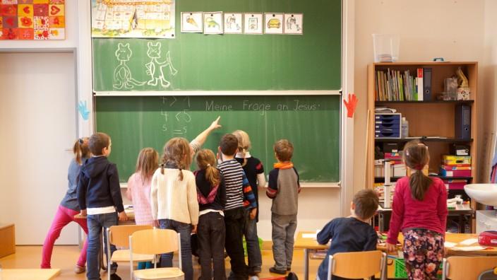 Begehung Ostpreußenschule, Platzmangel