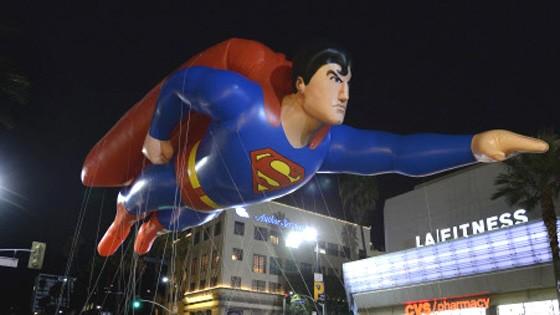 Superman, Selbstdarstellung, Job