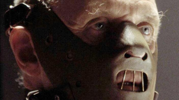 ANTHONY HOPKINS AS DR HANNIBAL LECHTER IN FILM HANNIBAL