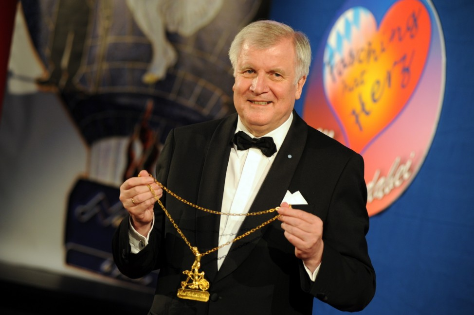 Horst Seehofer erhält Karl-Valentin-Orden, 2014