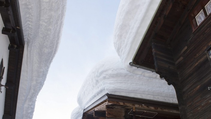 Heavy snowfall in Switzerland