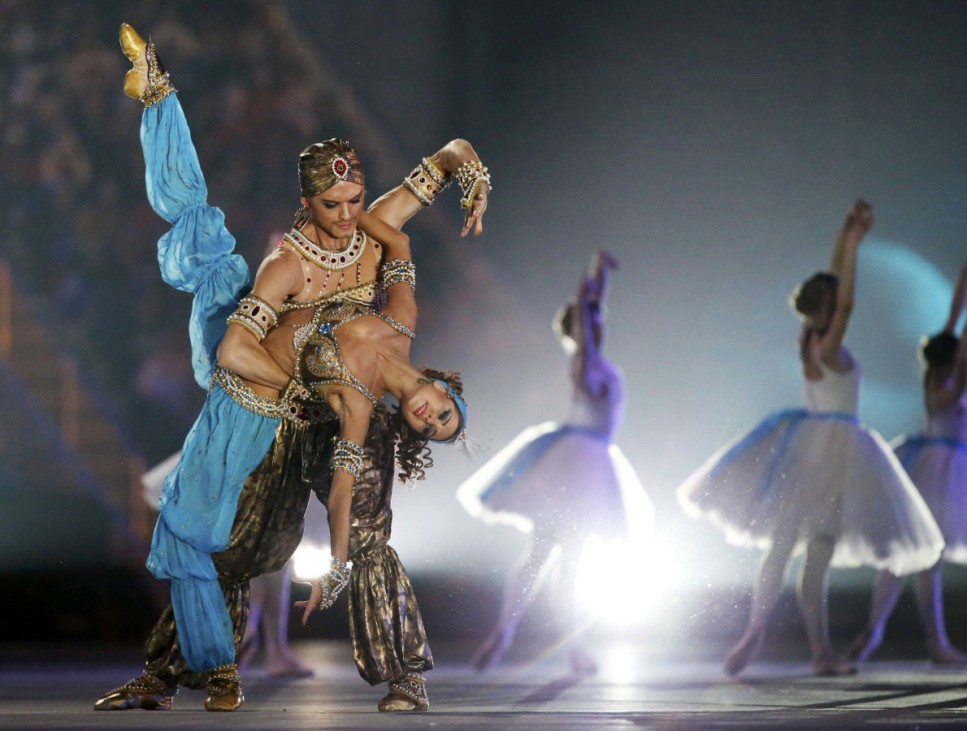 Bolshoi ballet dancers perform in the closing ceremony for the Sochi 2014 Winter Olympic Games