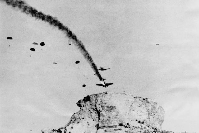 Absturz eines Truppentransportflugzeug Ju-52 auf Kreta, 1941