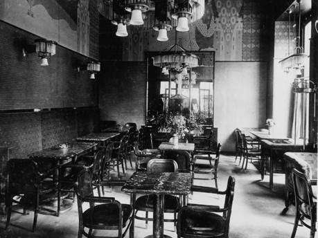 Blick ins Café Arco, 1907, © Hartmut Binder