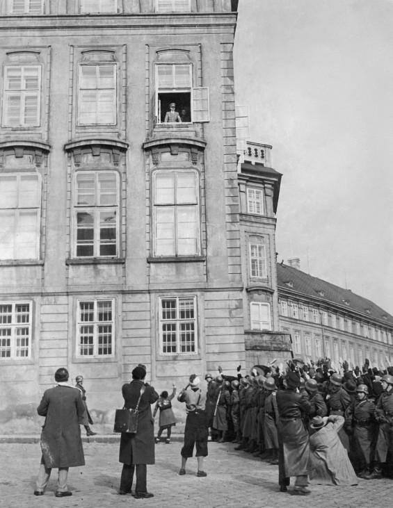Adolf Hitler auf dem Hradschin in Prag, 1939