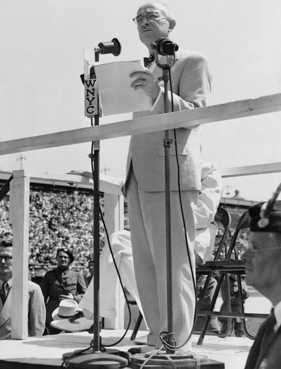 Eduard Benesch während einer Rede, 1939