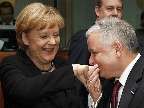 Lech Kaczynski und Angela Merkel; Reuters