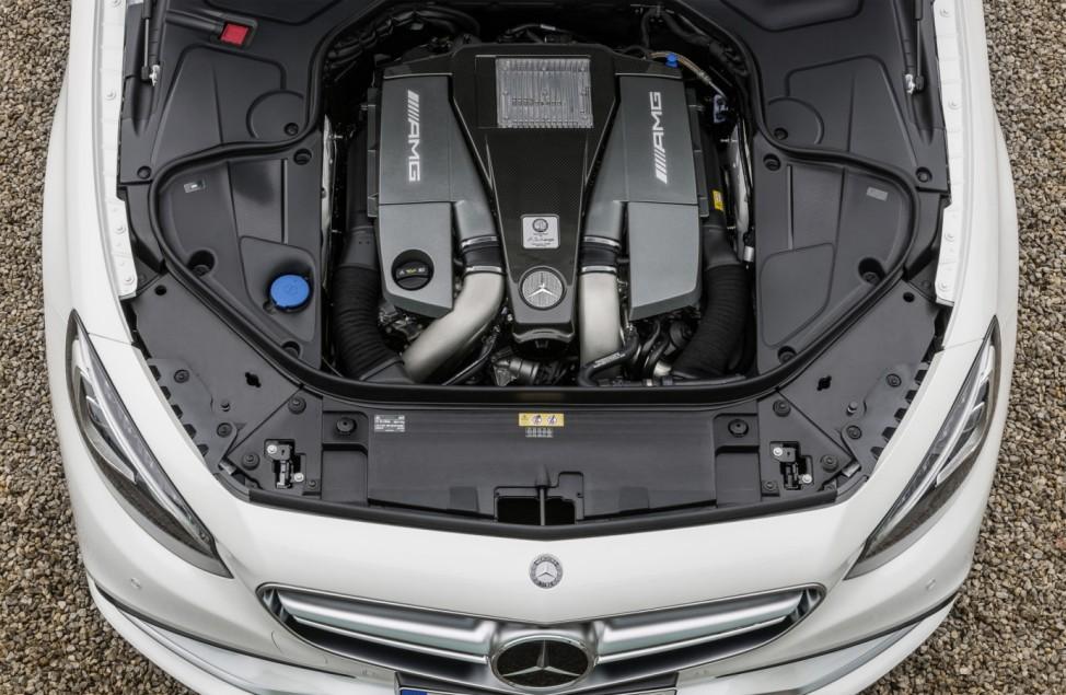 Der Motor des Mercedes S 63 AMG Coupés.