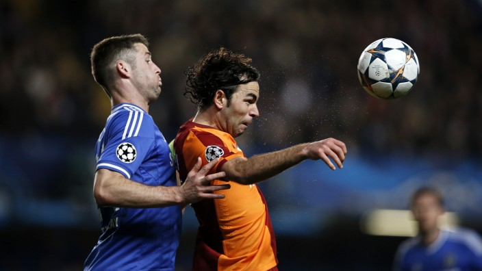 Gary Cahill FC Chelsea Selcuk Inan Galatasaray