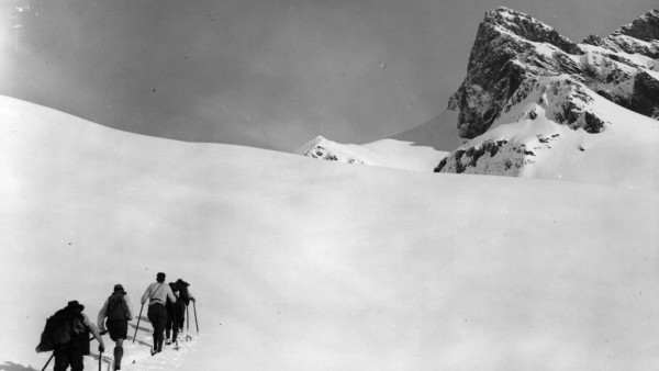Ski Trekking Alpenüberquerung Skifahren