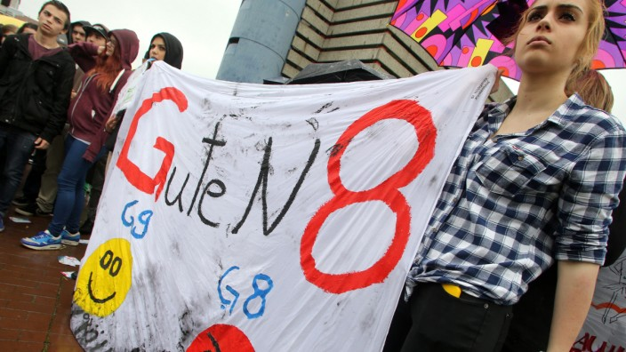 Schüler demonstrieren gegen G8