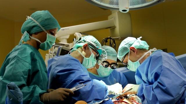 Operation in Klinik