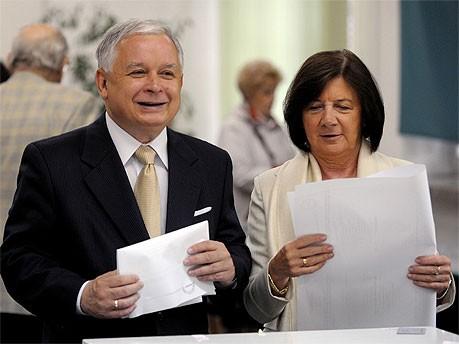 Lech Kaczynski mit seiner Frau Maria; AFP