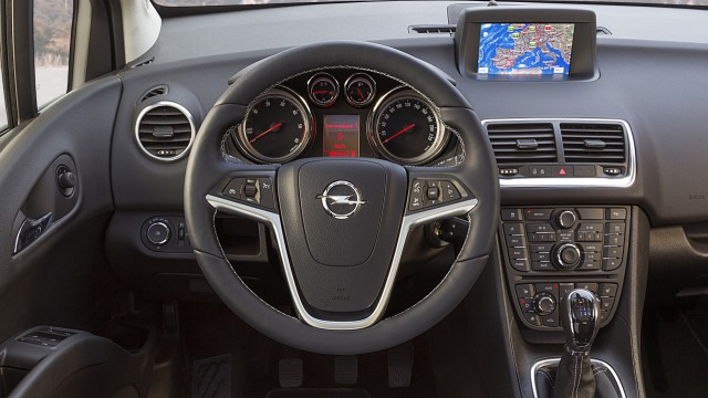 Der Innenraum des Opel Meriva