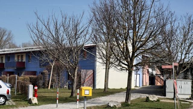 Bezahlbare Wohnungen sind Mangelware: Das Obdachlosenwohnheim in Freising-Schwabenau ist ebenfalls stets gut belegt mit Menschen, die ihre Miete nicht mehr zahlen können.
