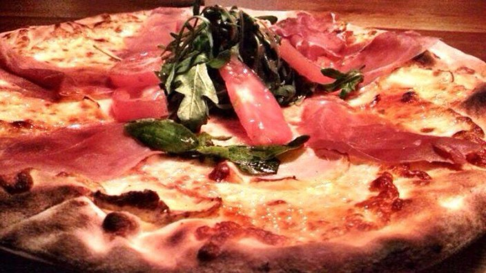 Pizzeria The Italian Shot