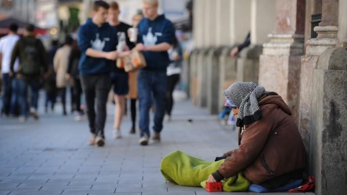 """Studie zu Obdachlosen: 232 Bewohner von Häusern der Wohnungslosenhilfe, von Notunterkünften und Pensionen haben an der """"Seewolf""""-Studie teilgenommen."""