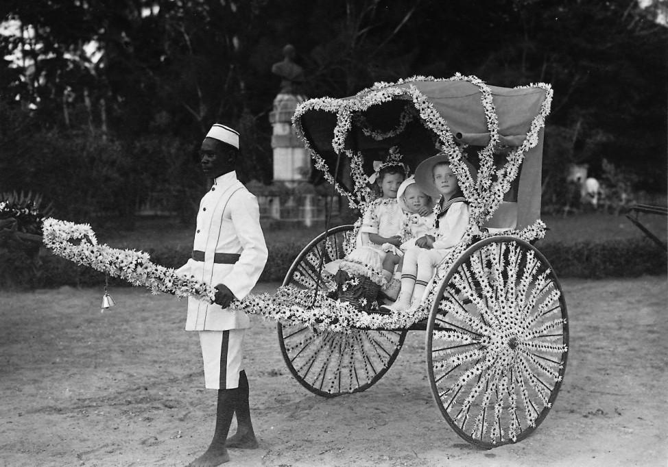 Schwarzer Dienstbote in Deutsch-Ostafrika, 1912