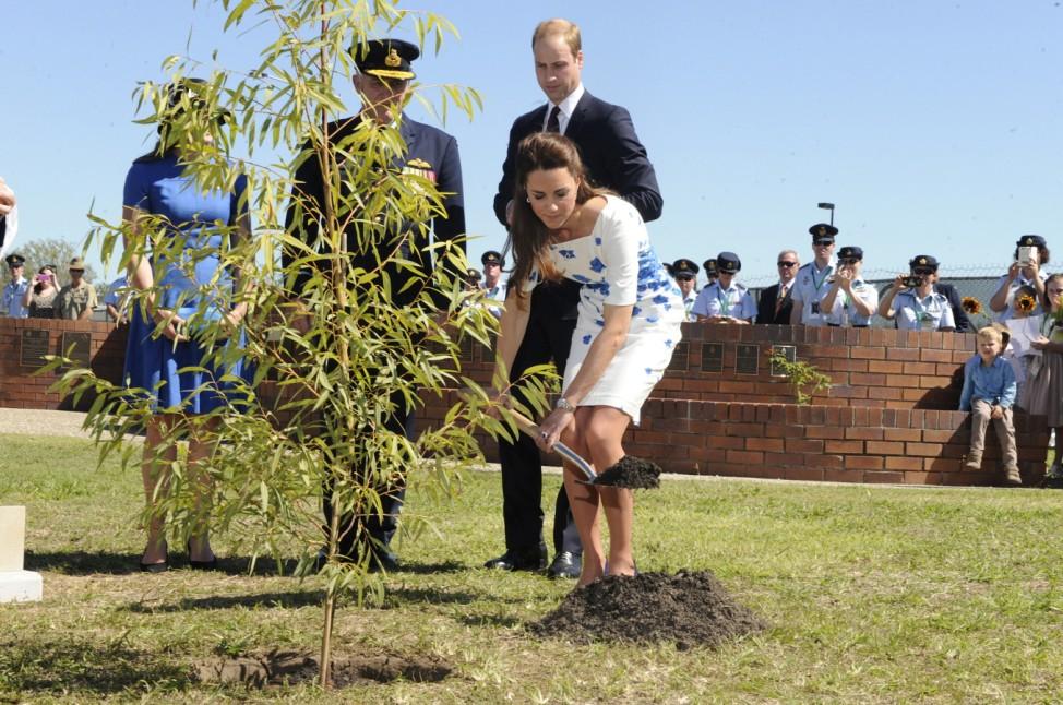 The Duke And Duchess Of Cambridge Tour Australia And New Zealand - Day 13