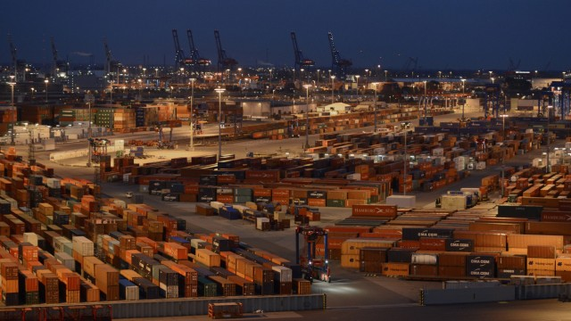 File photo of container terminal 'Burchardkai' of the Hamburger Hafen und Logistik AG in the harbour of Hamburg